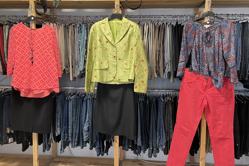 Kleiderkammer öffnet wieder – Termin-Shopping 74